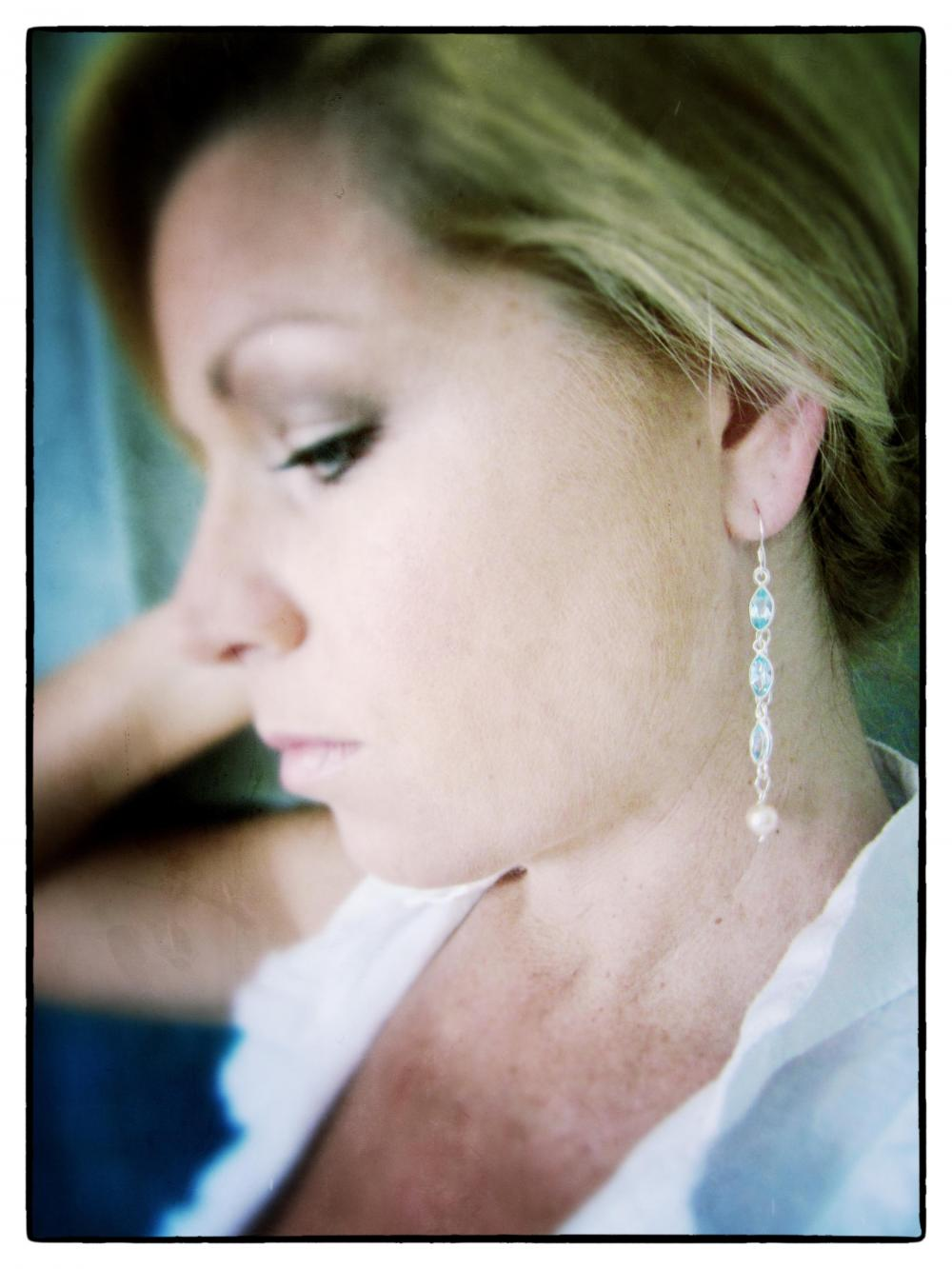 Dewdrops dangel earrings sterling pearls aquamarine bridal long chain